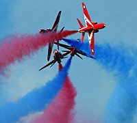 Red Arrows 3 cross