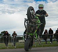 Stunt Zone learn2wheelie 2